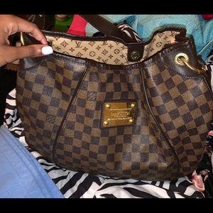 Louis Vuitton purse for sale!! Great condition.